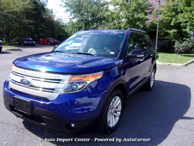 2013 Ford Explorer XLT 4WD 6-Speed Automatic